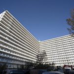 Vestia en BAM Wonen vieren oplevering 182 gerenoveerde appartementen Hoog Lindoduin in Scheveningen